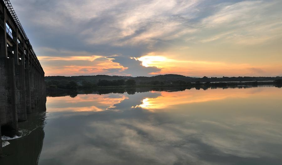 2016年7月6日,雨后初晴,湖南省永州市东安县湘江电站,受近段时间强