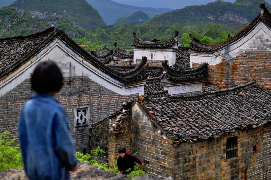 拍摄于永州道县农村,大量明清古建筑被废弃!