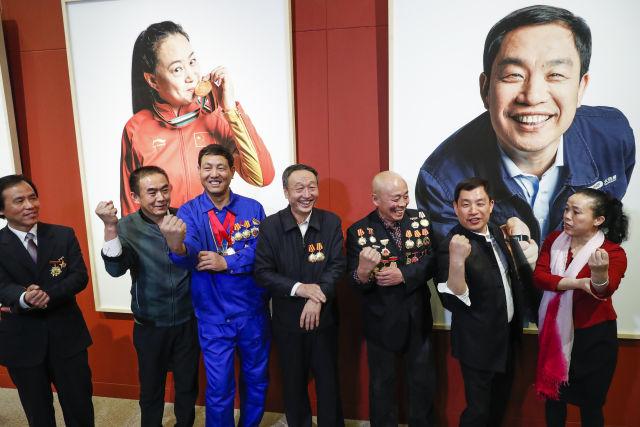 """新华社报道:""""中国梦,劳动美""""影像作品展在国博开幕"""
